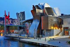 古根海姆美术馆在毕尔巴鄂,西班牙 库存照片