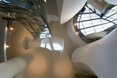 古根海姆美术馆的内部在毕尔巴鄂 库存照片