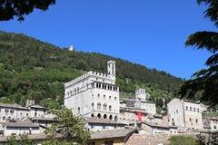 古比奥在有Palazzo dei的Consoli翁布里亚 库存图片