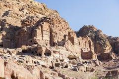 古老一个深谷的岩石简略的城市, Petra 乔丹 免版税图库摄影
