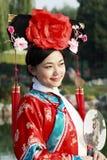 古老中国人礼服女孩 免版税图库摄影