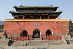 古老中国门塔 免版税图库摄影