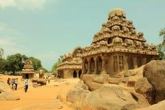 古老五印度rathas岩石寺庙 图库摄影