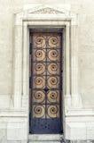 古老伪造的门 免版税库存照片