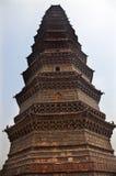 古老佛教瓷铁开封塔 库存照片