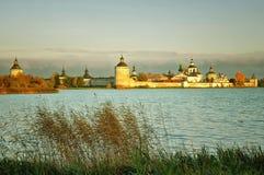 古老俄国修道院 免版税库存照片