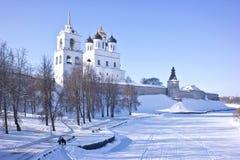 古老克里姆林宫在市普斯克夫 图库摄影