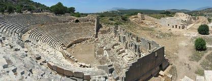 古老剧院全景在Patara 免版税库存图片