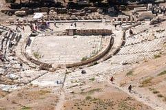 古老剧院在上城,雅典 库存图片