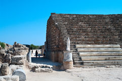 古老剧院废墟蒜味咸腊肠的 免版税图库摄影