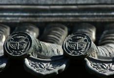 古老北京瓷灰色瓦 免版税图库摄影