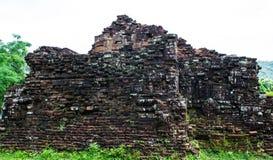 古老占城的被破坏的寺庙我的儿子的, Quang Nam,越南 免版税图库摄影