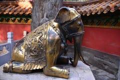古老古铜色大象 库存照片