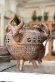 古老古铜色波斯葡萄酒 库存图片