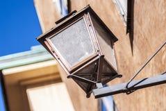 古老古铜色街灯 库存图片
