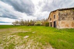 古老国家被破坏的房子 免版税库存图片