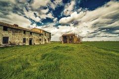 古老国家被破坏的房子 免版税库存照片