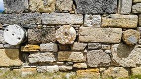 古老圆的石墙 免版税库存照片