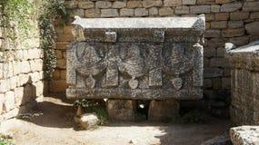 古老坟墓 免版税库存图片
