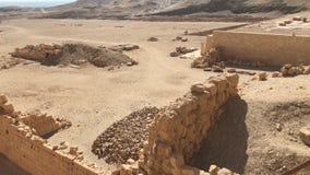 古老埃及巨石的大厦和专栏 埃及大厦古老废墟  免版税图库摄影