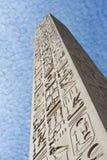古老埃及方尖碑寺庙 免版税库存照片