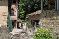 古老城堡的旅游接待处 Grazzano Visconti,意大利 免版税图库摄影