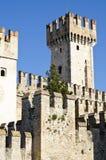 古老城堡garda意大利湖sirmione 库存照片