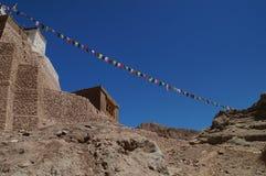 古老堡垒和佛教徒修道院(Gompa) Basgo谷的 免版税库存图片
