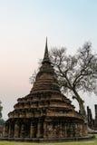 古老塔 历史公园sukhothai泰国 免版税库存照片