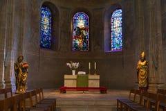 古老壁画和雕象在布朗斯维克大教堂里面增殖比的 免版税库存图片