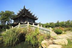 古老大厦在中国庭院里 库存图片
