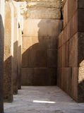 古老大厦在吉萨棉埃及 图库摄影