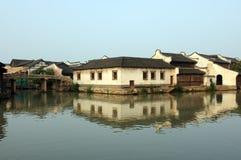 古老大厦瓷wuzhen 免版税库存图片