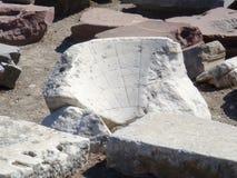 古老太阳时钟,希腊 免版税库存图片