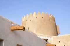 古老屋顶流失系统& Zubarah堡垒,卡塔尔北塔  图库摄影