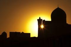 古老布哈拉,日落的Kalyan尖塔 免版税库存照片