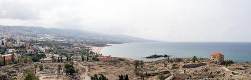 古老废墟的全景在朱拜勒,黎巴嫩的 库存图片
