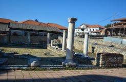 古老废墟- StPanteleimon修道院在奥赫里德 免版税库存图片