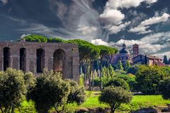 古老建筑学在罗马 图库摄影