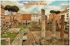 古老建筑-在减速火箭的样式的图片罗马废墟  题字-欢迎向罗马 免版税库存图片