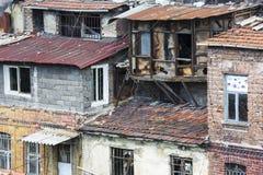 古老房子在伊斯坦布尔 免版税图库摄影