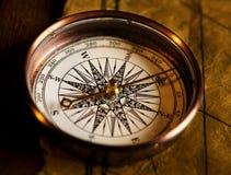 古老指南针 库存图片