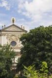 古老教会在老镇布拉格 cesky捷克krumlov中世纪老共和国城镇视图 免版税库存照片