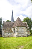 古老教会在诺曼底 库存图片
