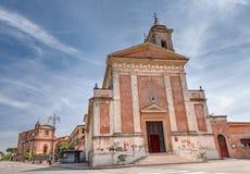 古老教会在隆贾诺,伊米莉亚罗马甘,意大利 库存图片