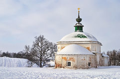 古老教会pyatnitskaya suzdal的俄国 免版税库存图片