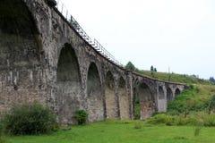 古老曲拱桥梁石头 库存照片