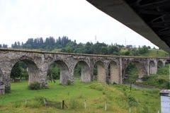 古老曲拱桥梁石头 免版税图库摄影