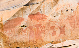 古老曼谷菩萨鲜绿色kaew绘画phra寺庙泰国wat 免版税图库摄影
