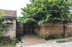 古老村庄房子在河内 免版税图库摄影